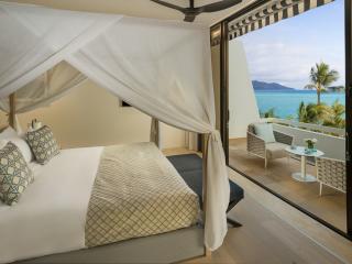 One Bedroom Hayman Suite -  Bedroom